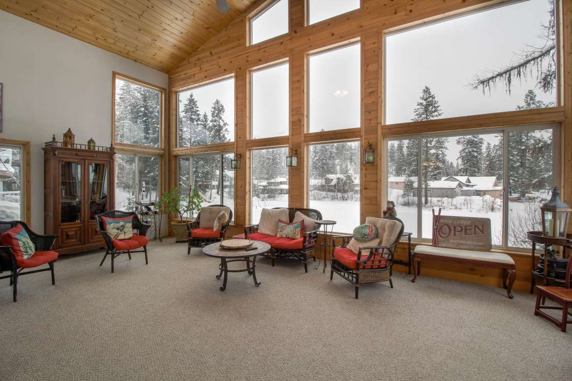 listing-5c6f36811178d-SunRoom.jpg