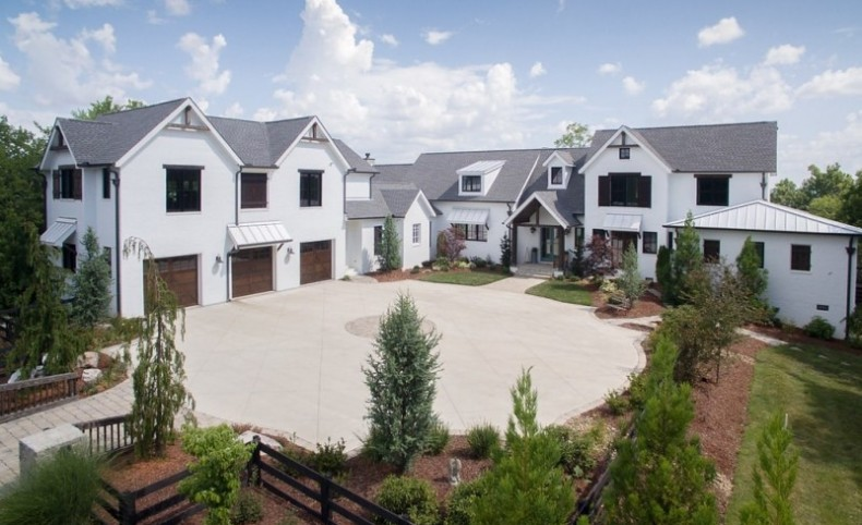 Luxury Executive Estate For Sale in Franklin, TN
