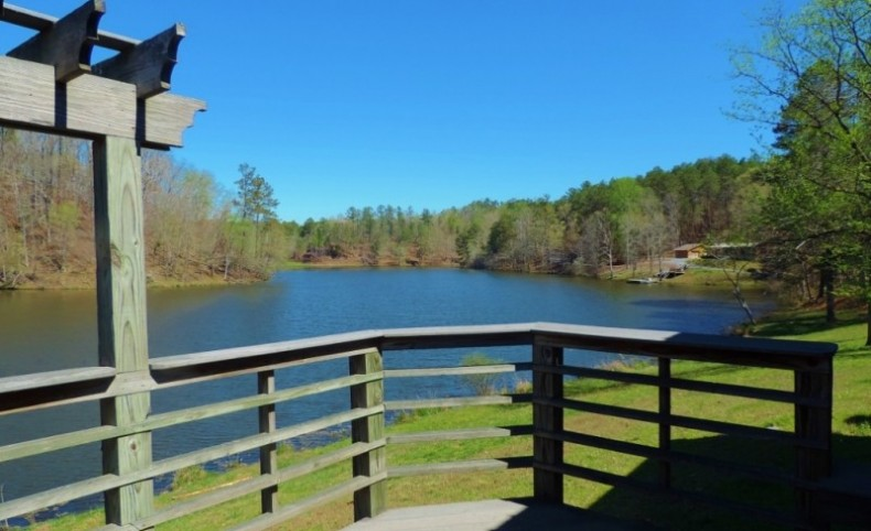 Kings Lake Tract - 26 Acre Lake!