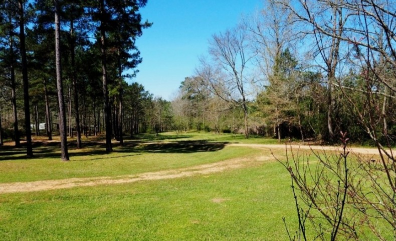 House with 40 Acres, 2 Acre Lake, Monticello, South MS