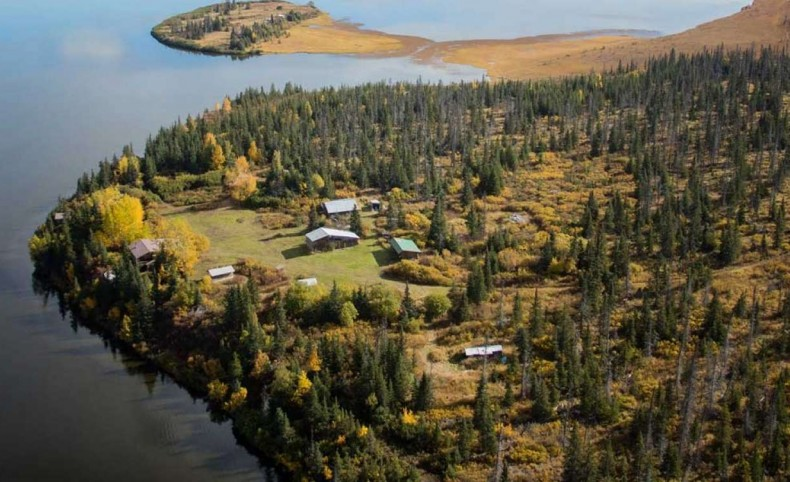 Caribou Lake Lodge