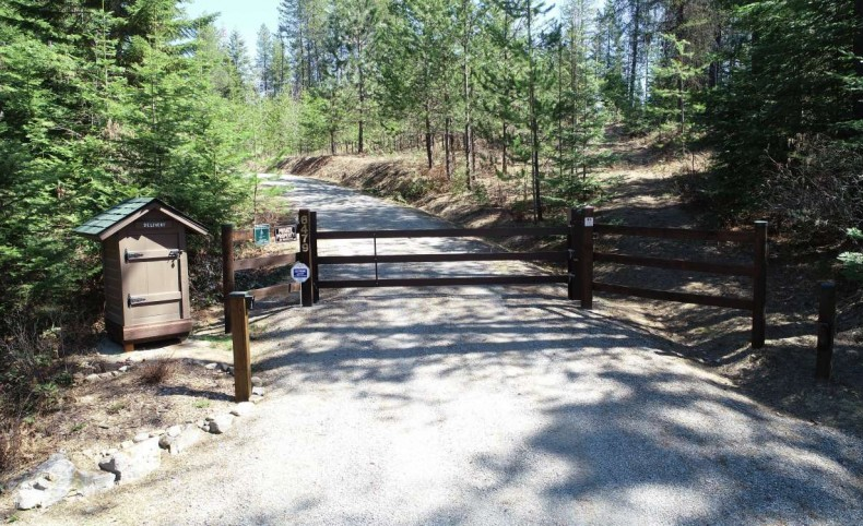 23.5 Ac with 3/2 home / bunkhouse cabin / RV site