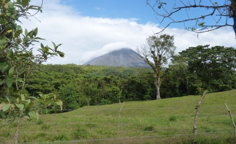 Las Palmas Creek NW Costa Rica 18 Parcels 2-7 acre