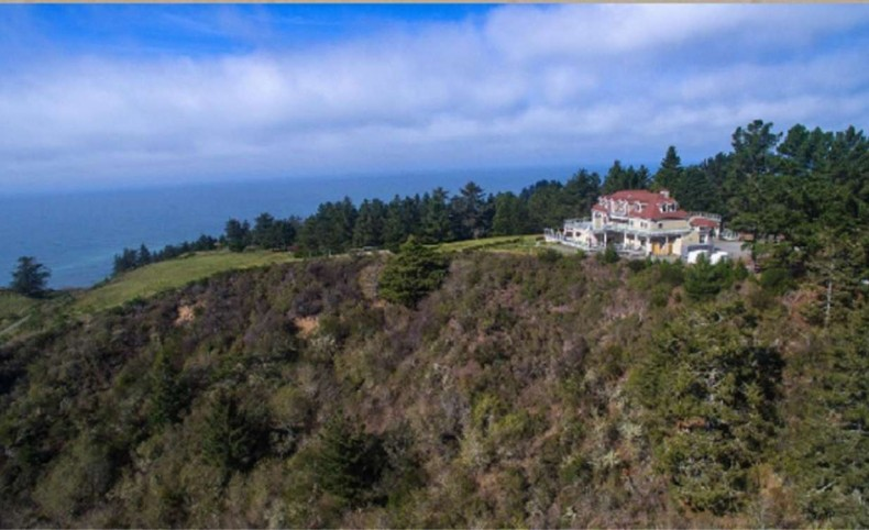 Ocean View Destination Manor on 110 +/- Acres