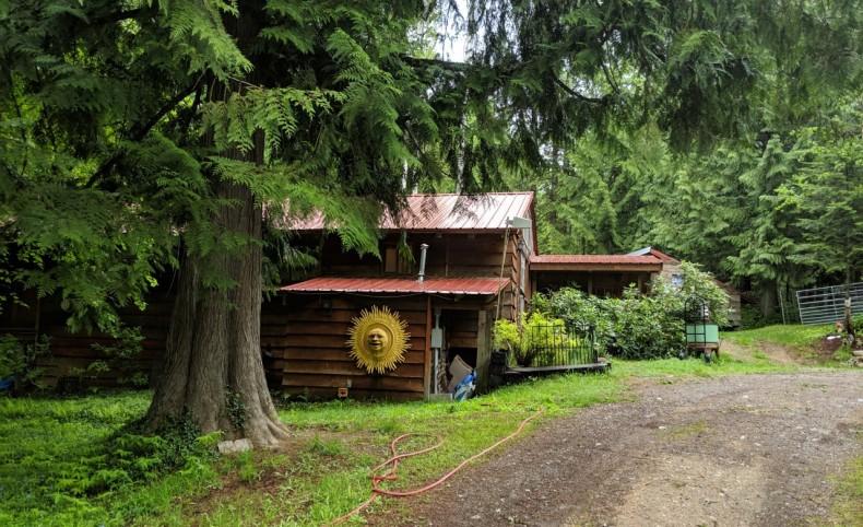 Cottage on Smith Creek