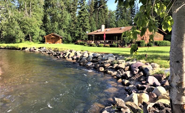 Western Montana Spectacular Riverfront Property