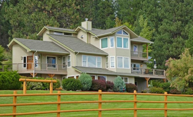 Western Montana Bitterroot Valley Home Ranch
