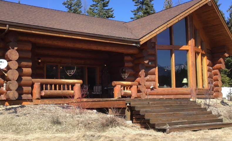 Private Lake Lodge